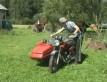 Motocykl z koszem - jak nim zakr�ca�
