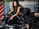 Kobieca sesja na motocyklach BMW - kalendarz �cigacz.pl