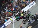 Lataj�ce motocykle na Nitro Cirus Live - fotogaleria