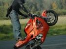 Jesienny trening stuntu ch�opak�w z FRS