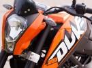 Zadziorny KTM dla m�odych - 200 Duke na zdj�ciach