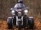 Bliskie spotkanie trzeciego stopnia z Harleyem Tri Glide - fotogaleria