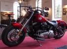 Harley Davidson wraca do przesz�o�ci - Softail Slim na zdj�ciach