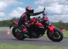 Ducati Monster model 2021. Sprawdziliśmy go na testach prasowych na torze Driveland Tomasza Kuchara