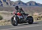 Triumph Rocket 3 2020 - silnik 2500 cm³ w motocyklu, mocniejszy niż w Jeepie Wrangler Sahara!