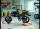 Suzuki GSX-R samo się składa
