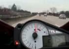 YamahaR1vsSuzukiGSXR1000.mpg