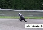 Bosch Motorcycle Stability Control kontra ABS - w pochyleniu