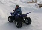 Hannes Pfeiffer - trzyletni syn stuntera kręci bączki