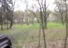 Śmiertelne niebezpieczeństwo - linka między drzewami