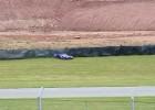 Motocykl jedzie sam po wypadku na Donington Park