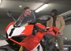 The Collection motocykle: Ducati Panigale V4S 916 25th i Triumph Bonneville Bobber Thornton Hundred