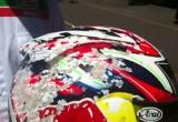 Kask po wypadku przy 200 kmh - Jonathan Rea i Arai RX-7 GP