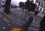 Londynscy motocyklisci terroryzuja miasto strzalami z tlumika