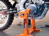 15 Szybki i pewny sposob mocowania motocykla z