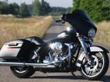 Gangsterka a'la Harley-Davidson - zdj�cia nowego Street Glide