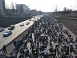 paryz motocykle strajk protest z