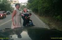 Kierowca skutera uderza w ciezarowke