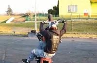 Revenge of the ninja - Korzen i stunt video