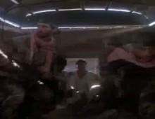 Chuck Norris na Enduro z wyrzutnia rakiet