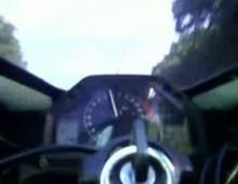 Wheelie szescetka na piatym biegu