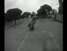Xtreme Street Riders trenuja stunt
