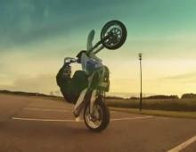 Motocyklowa lobuzerka po miescie - Raising Hell 2