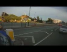 Stluczka - jednoslad i pojazd uprzywilejowany
