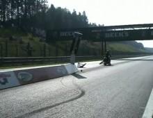 V-Rod drag bike - wypadek na starcie cwierc mili