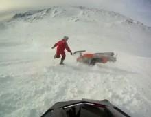 Wypadek na szczycie - podjazd skuterem na gore