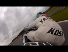 Yamaha R6 katapultuje kierowce na zakrecie