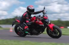 Ducati Monster model 2021 Sprawdzilismy go na testach prasowych na torze Driveland Tomasza Kuchara
