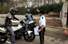 Stunt na torze Barber Motorsports Park - Brocha Vigil i DiSalvo w akcji