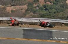Wypadek zmodyfikowanym Ducati na Mullholland Drive
