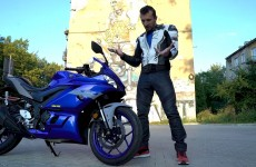 Yamaha R3 Barry 2020