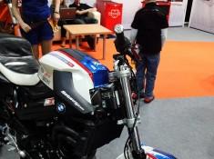 otomoto f800 stunt raptowny wystawa motocykli 2012