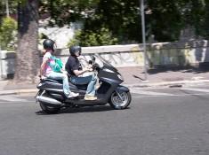 1 skuter w rzymie