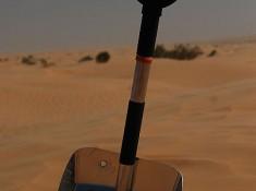 Lopata na pustyni