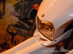 Przedni reflektor Yamaha WR 250 R