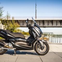 Yamaha Xmax 125 Iron Main z