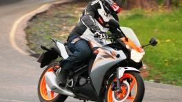 Motocyklem na samochodowe prawo jazdy - co musisz wiedzieć?