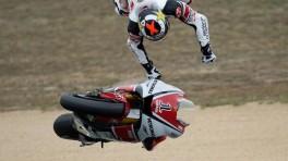 Elektronika w motocyklach - pomaga czy maskuje problem?