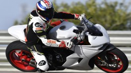 Ducati Supersport i Supersport S 2017 - motocykle sportowe do zadań wszelakich