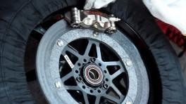 MotoGP: Układ hamulcowy Brembo cz.2 - Klocki, zaciski, pompa i reszta osprzętu