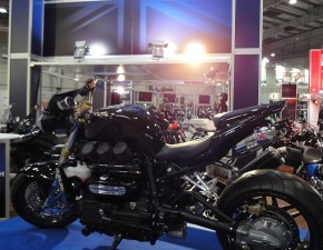 triumph rocket 3 iii custom targi motocykli 2012