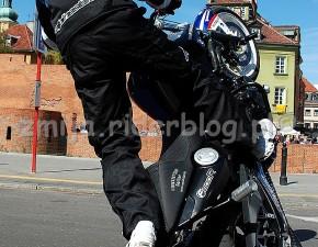 BMW F800R stuntriding world champion