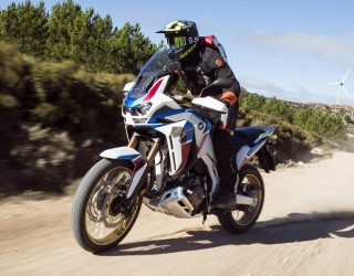 africa twin 1100 adventure sports testuje barry z