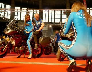 yamaha hostessy foto wroclaw motorcycle show 2017