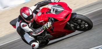 Ducati Panigale V2 - pierwsze wrażenia, test [VIDEO]