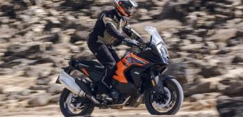 KTM 1290 Super Adventure S model 2021 - czuły barbarzyńca - test motocykla, dane techniczne, wady, zalety